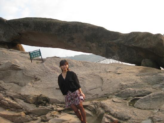 Photos of Jin′gangtui Rock